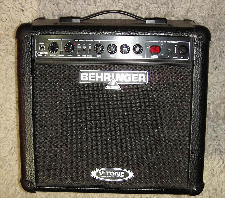 Gitarrenverstärker BEHRINGER GX110