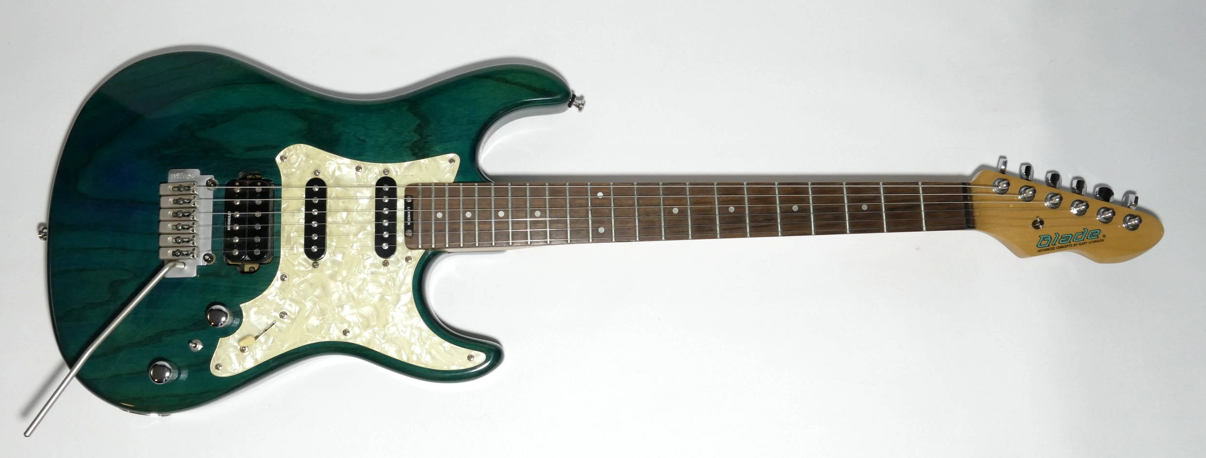 E-Gitarre BLADE California