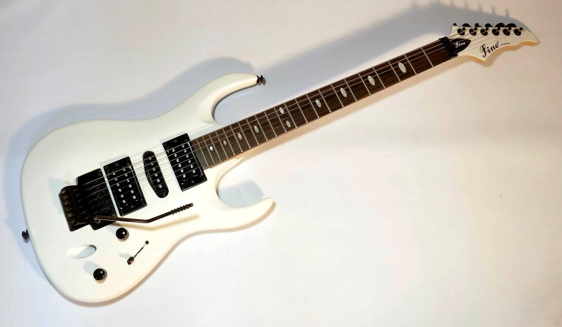 E-Gitarre FINE-FS