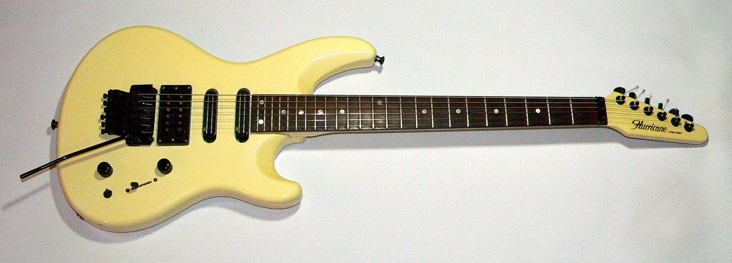 E-Gitarre  HURRICANE Limited Edition