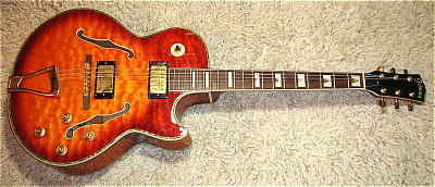 Jazz-Gitarre JOHNSON SHPC-1200