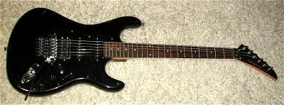 E-Gitarre KRAMER Striker ST300