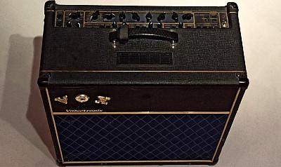 Gitarrenverstärker VOX AD60VT Valvetronic + Footcontroller VC-4