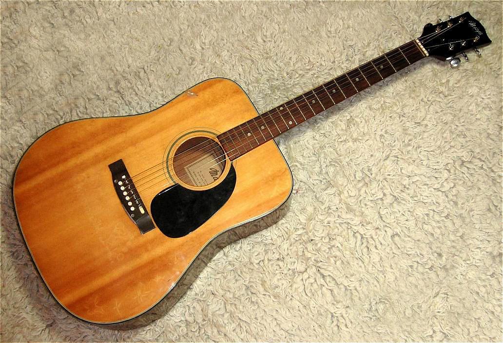 Western-Gitarre MAYA