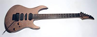 gebrauchte E-Gitarre YAMAHA RGX 621 D