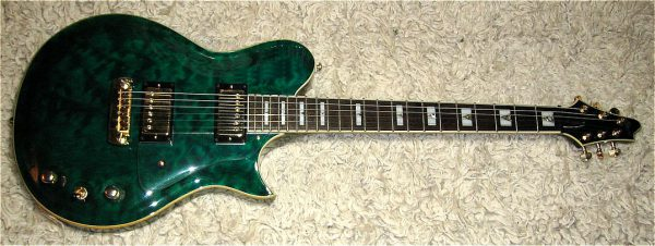 E-Gitarre CORT CL1000